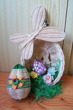 spring Straw Weaving, Paper Weaving, Basket Weaving, Newspaper Basket, Newspaper Crafts, Paper Straws, Quilling, Wicker, Patterns