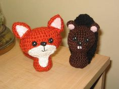Adorable crocheted dolls (fox and beaver) from Craftster