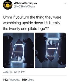 I feel like such a bad fan for not noticing this! Twenty One Pilot Memes, Twenty One Pilots, Emo Bands, Music Bands, Screamo, Tyler And Josh, Top Memes, Band Memes, Staying Alive