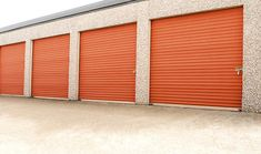 Are you confused to know that it is a good investment in self storage tauranga? To know about that call us at 0800282363 #SelfStorageTauranga Outside Storage Units, Outdoor Storage Units, Self Storage Units, Locker Storage, Business Storage, Moving Supplies, Cool Lock, Storage Facility, Home Room Design