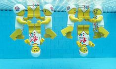 A LEGO celebration of the Olympics by Gary Davis - Synchronised swimming ;)  LEGO Aquatic Centre