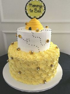 Baby Cakes, Cupcake Cakes, Baby Bump Cakes, Shoe Cakes, Pink Cakes, Backen Baby, Bumble Bee Cake, Bumble Bees, Gateau Baby Shower