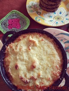 Palmitos gratinados// Hearts of Palm au gratin, with Cremini mushrooms, béchamel sauce, German style mustard and Provolone cheese by Bouquet Garni Recetas.