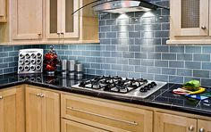 http://s7d1.scene7.com/is/image/TileShop/Kitchen%5F30?$Pin%5FGallery%5FLarge$