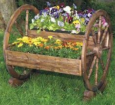 Wagon Wheel Planter Woodworking Plan