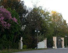 Esterno villa con entrata principale