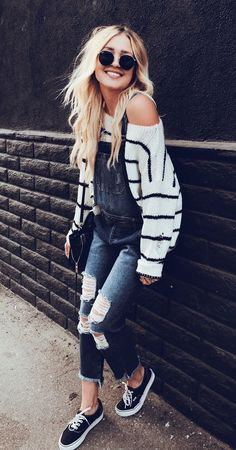 Outfits and flat lays we fell in love with. See more ideas about Casual outfits, Cute outfits and Fashion outfits. Fashion Trends, Latest Fashion Ideas and Style Tips. Teenager Outfits, Teenager Mode, Teenage Girl Outfits, Teen Fashion Outfits, Fashion Mode, Look Fashion, Casual Outfits, Spring Outfits For Teen Girls, Teenager Girl