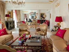 Hotel-Plaza-Athenee-Royal-Suite