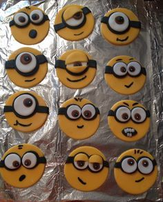 two dozen handmade fondant minion cupcake toppers Each Minion is hand made and all will vary and have their own unique look ( buyer pays shipping costs) Minion Cupcake Toppers, Cartoon Cupcakes, Fondant Toppers, Fondant Cupcakes, Fun Cupcakes, Cupcake Cakes, Minion Cookies, Minion Cupcakes, Biscuit Decoration