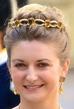 Tiara Mania: Topaz (Citrine) and Pearl Bandeau worn by Hereditary Grand Duchess Stéphanie of Luxembourg Royal Crowns, Royal Tiaras, Tiaras And Crowns, Maria Teresa, Family Jewels, Royal Jewelry, Hair Jewelry, Jewellery, Crown Jewels