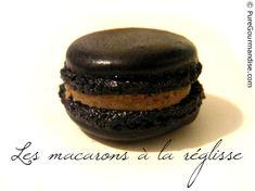 Macarons noirs à la réglisse - www.puregourmandise.com