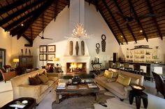The Chalkley Tree House is one of the beautiful accommodations at the Lion Sands Game Lodge in South Africa. African Interior Design, Interior Design Inspiration, African Design, Interior Ideas, Bungalow, African House, Game Lodge, Thatched House, River Lodge