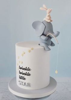 Baby cake you could use this as a baby shower cake Elephant Baby Showers, Baby Boy Shower, Baby Shower Cakes Neutral, Baby Cakes, Cupcake Cakes, Decors Pate A Sucre, Gateau Baby Shower, Elephant Cakes, Fondant Elephant