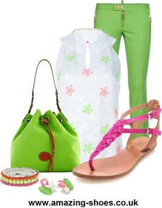 White top with pink & green flowers, Lime Green jeans, lime green purse, pink sandals. Cute Summer Outfits, Casual Outfits, Cute Outfits, Green Purse, Green Pants, Smart Attire, Derby Attire, Leather Sandals Flat, Fashion Capsule