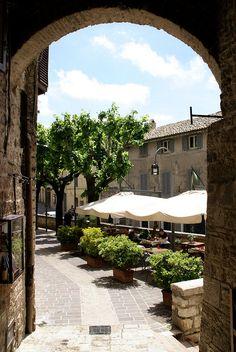 Piazzetta del Mercato in Assisi, province of Perugia, Umbria Italy