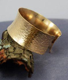 Hand Hammered Gold Filled Cuff Bracelet Modern Metal Artisan Wear Handmade Metal Jewelry Womens Fashion Handmade Gold USA Made Metal Jewelry, Sterling Silver Jewelry, Gold Jewelry, Jewelry Accessories, Women Jewelry, Jewellery Diy, Silver Ring, Silver Earrings, Fashion Accessories