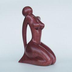 Sculpture en bois femme nue la méditation par JakobWSculpture