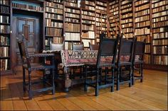 Library room. Book shelves. Inspiration for Liberty Smith murder mystery.