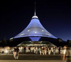 Khan Shatyr Entertainment Center, Astana, Kazakhstan 2006 – 2010 | © Foster + Partners / Nigel Young
