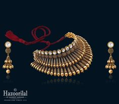 Collection of latest gold necklace designs by Hazoorilal Jewellers. Visit today at our greater Kailash store to experience the best in class gold necklace designs. Gold Jewellery Design, Gold Jewelry, India Jewelry, Statement Jewelry, Trendy Jewelry, Designer Jewelry, Pearl Jewelry, Hazoorilal Jewellers, Antique Necklace