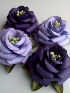 Handmade Paper Roses - Wedding - Favors - Party - Gifts