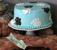Puppy cake with footprints and fondant