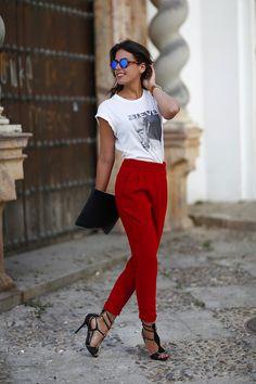 Tucked harem pants + graphic tee + heels
