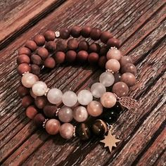 "HANDMADE CRYSTAL JEWELRY (@jewelrybyclo) Instagramissa: ""Earthy colours 🌱🐚 #crystals #crystalbead #bracelet #rosequartz #sandalwood #tigerseye #sunstone…"""
