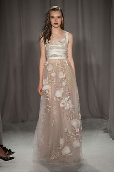 The Best Looks from New York Fashion Week: Spring 2014 - Marchesa, fashion dress Ny Fashion Week, New York Fashion, Fashion Moda, Runway Fashion, Fashion Show, Marchesa Fashion, Dress Fashion, City Fashion, Marchesa Spring