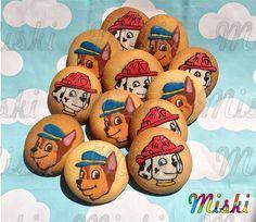 Galletas para una divertida fiesta de niños con motivos de Patrulla Canina @galletasmiski  #pawpatrol #puppycookies #pawpatrol #jake # Sugar, Cookies, Desserts, Food, Shortbread Cookies, Paw Patrol, Hilarious, Party, Biscuits