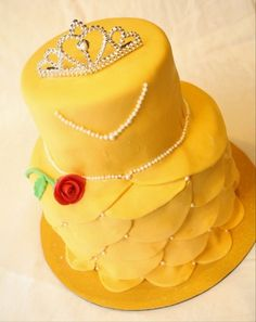 Belle Dress cake - creative and great for your daughter's birthday party!