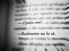 blanco y negro tumblr  | nadando entre libros | Tumblr