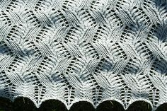 Seafoam shawl - Fingering/4 ply - pattern (in Estonian and English) by Triin Lehismets