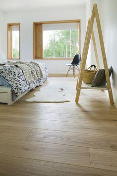 Trinity Ek Pure Wood oljevaxad Pure Products, Rugs, Wood, Home Decor, Farmhouse Rugs, Decoration Home, Woodwind Instrument, Room Decor, Timber Wood