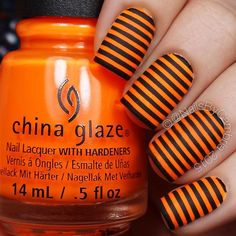 Halloween stripes! These are so fun and easy! ◾️◾️◾️ Tutorial will be up today I used: @chinaglazeofficial Lady And The Vamp @opi_products Black Onyx and Matte Top Coat Striping tape from @amazon  @twinkled_t #6 cleanup brush ←My all time FAVORITE clean up brush   10% off with code CAMBRIA @sechenails Seche Vite All polishes are from @hbbeautybar   15% off with code nailsbycambria