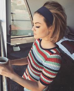 T-shirt: knitted sweater stripes striped sweater knitwear headband retro eyeliner eye makeup lucy