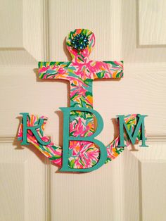Lilly Pulitzer Monogrammed Anchor from on Etsy. Saved to stuff. Cute Crafts, Diy And Crafts, Arts And Crafts, Little Presents, Little Gifts, My New Room, My Room, Dorm Room, Lilly Pulitzer