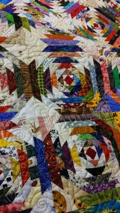 Bonnie Hunter's quilt Pineapple Crazy.  Picture taken by Kevin the Quilter