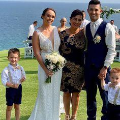 Your Port Stephens Wedding Directory / Ask us a question Formal Dresses, Wedding Dresses, Fashion, Bride Gowns, Wedding Gowns, Moda, Formal Gowns, La Mode, Weding Dresses