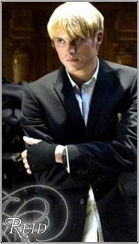 Toby Hemingway as Reid Garwin Covenant Movie, The Covenant, Beautiful Boys, Gorgeous Men, Beautiful People, Toby Hemingway, Jessica Lucas, Taylor Kitsch, Old Money
