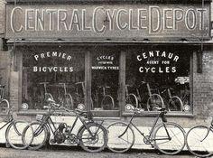 Edwards, Ia London Road St Albans, Old Street, Cycling Art, Centaur, Street Photo, Past, Neon Signs, London, City