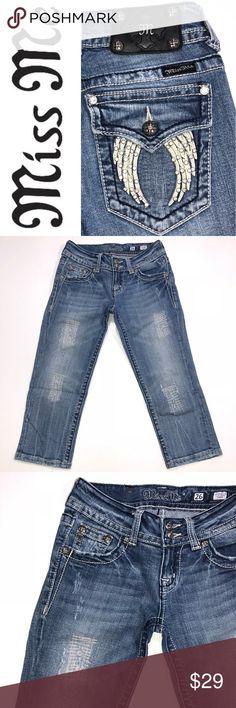 "Miss Me Capri Jeans ✔️Cotton•Spandex ✔️Capri Inseam: 19.5"" approx. ✔️Small Marker Mark (See Last Pic) ✔️1619-9 Miss Me Jeans"