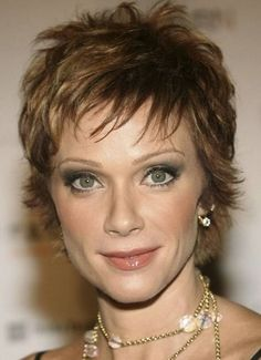 Older Women Hairstyles : Beautiful Short Shaggy Hairstyles For Women Over 40 With Wavy Hair In Brown Color 2016 Short Hairstyles for Women Over 40 for a Fresh…