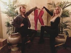 Kelsea Ballerini's Thanksgiving Consisted of a Parade, Taylor Swift and Kinky Boots - One Country Taylor Swift Songs, Taylor Swift Pictures, Taylor Alison Swift, Kelsea Ballerini, Celebs, Celebrities, Rare Photos, Personal Photo, Role Models