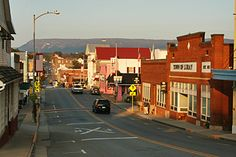 Downtown Luray Va. This place just feels like home, <3 it!!