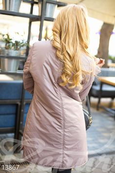 Теплое пальто декорированное карманами
