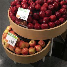 Market 32 Apple Circular Bulk-Bin Outfitting – Fixtures Close Up Produce Displays, Fruit Sculptures, Apple, Marketing, Food, Meal, Essen, Hoods, Meals
