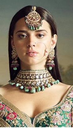 Indian Wedding Bride, Indian Wedding Jewelry, Desi Wedding, Indian Wedding Outfits, Wedding Looks, Bridal Looks, Indian Outfits, Bridal Style, Bridal Kundan Jewellery