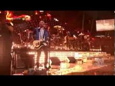 Queen and fun. - Somebody To Love & Fat Bottomed Girls live in Las Vegas