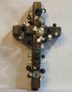 button cross